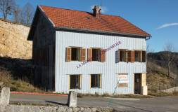 507 SEPTMONCEL : Maison ancienne à rénover