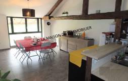 589 BOIS D'AMONT : Maison composée de trois logements