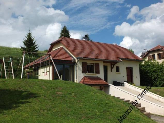 407 LAMOURA : Belle maison avec véranda à vendre
