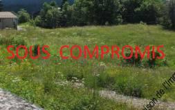 412 LAMOURA :  Parcelle de terrain viabilisée